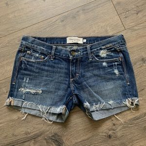 Abercrombie & Fitch distressed shorts sz 2